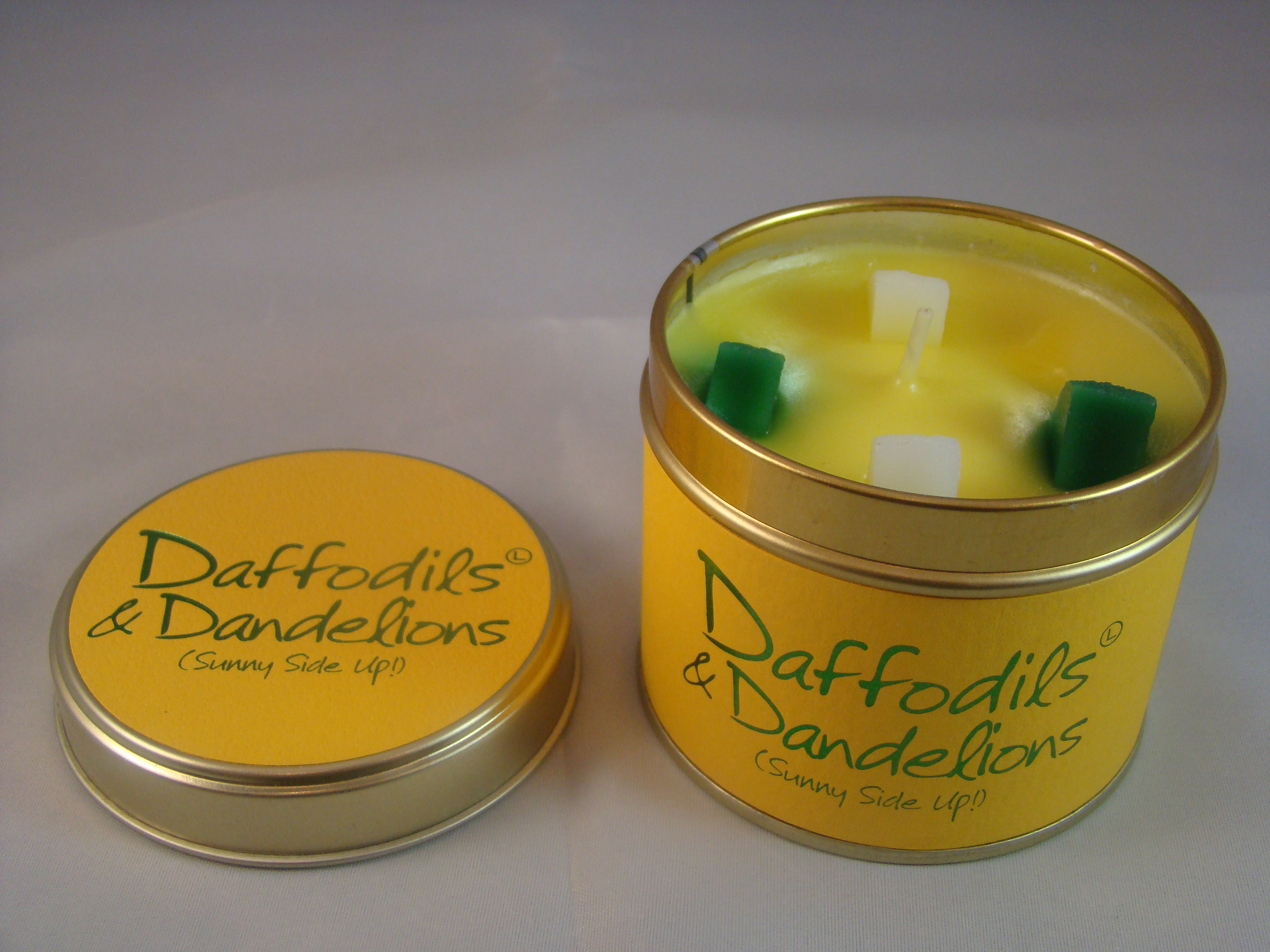 Daffodils and Dandelions scented candle