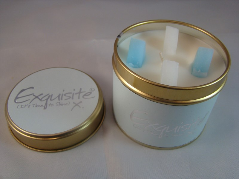 Exquisite scented candle
